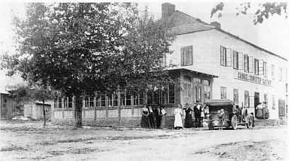 Hostinec Gabriela Schustera v Kvildě, bývalá usedlost Verderberova, na snímku z doby kolem roku 1910