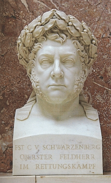 Otcova busta s vavřínovým věncem vítěze nad Napoleonem ve Wallhale
