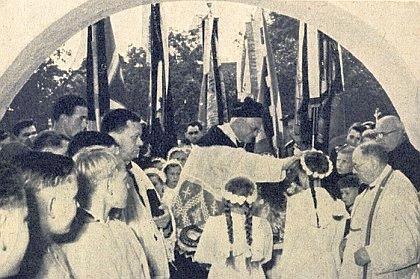 Při oslavě čtyřiceti let svého kněžství v Niedergottsau 1954
