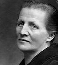 Matka Anna, roz. Schaffařová - díky Martinu Sádlovi je možné na genealogickém webu nalézt i fotografie a záznamy několika dalších příbuzných, včetně sester Katharine, Marie, Margarethe,