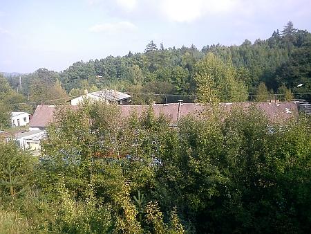 Někdejší schwarzenberská cihelna Vývarka u nádraží Hluboká-Zámostí, kde zemřel (viz i Karl Meinhard)