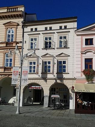 Snímky obou domů