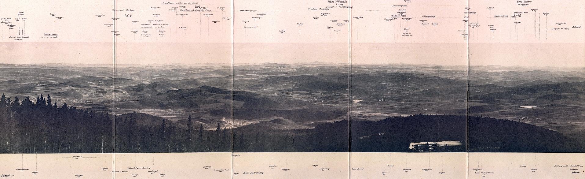 """Oblíbené """"alpské panorama"""" z Kletě pod hlavičkou Seidelova ateliéru"""