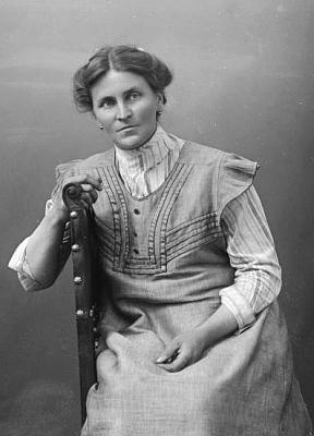 Jeho žena Elisabeth, původním povoláním učitelka