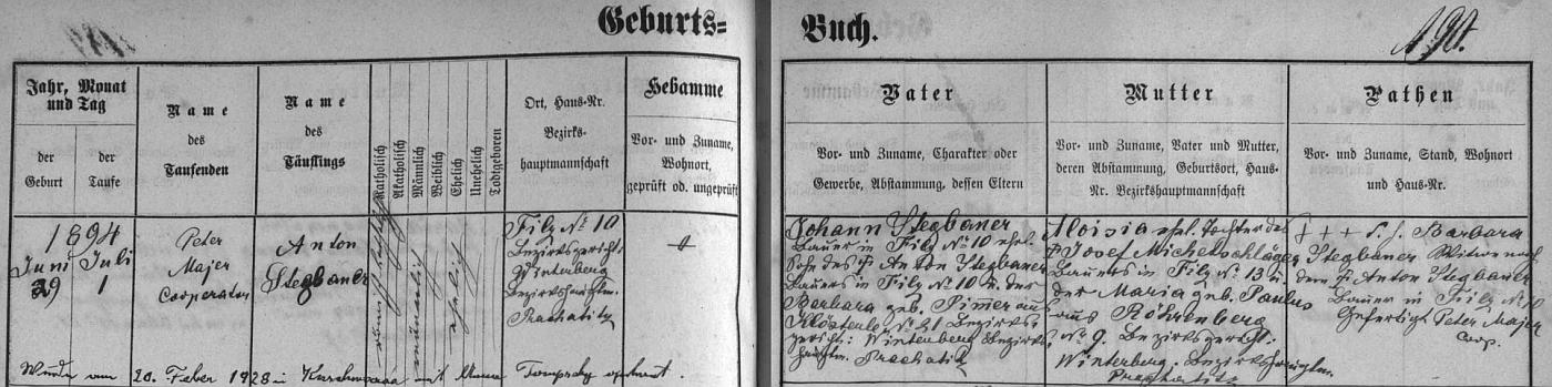"""Záznam hornovltavické křestní matriky o narození otcově (psán je tu na rozdíl od archu sčítání lidu z roku 1921 příjmením """"Stegbauer"""") s pozdějším přípisem o jeho svatbě vKunžvartu (dnešní Strážný)"""