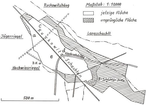 """Mapka Ruckowitz-Schachten je jednou z příloh knihy a zachycuje změnu rozlohy celkové plochy """"bezlesí"""" ve srovnání let 1831 a 1974"""