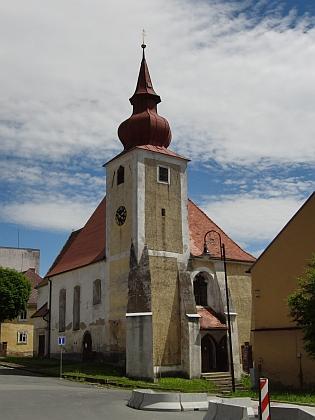 Farní kostel Nanebevzetí Panny Marie v Poběžovicích