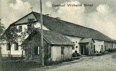 Někdejší hostinec Wilhelma Sittera v Borových Ladech čp. 41 na výřezu staré pohlednice...