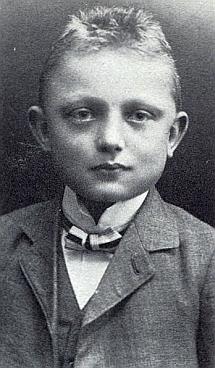 """""""Lehrerpepperl"""", tj. """"učitelovic Pepíček"""" na snímku z dětských let"""