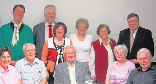 Na skupinovém snímku sociálně demokratické frakce v bavorském zemském sněmu vidíme jejího manžela Hanse     sedícího druhého zleva, ji pak stojící třetí zprava, druhá zprava vedle ní stojí Irmgard Micková