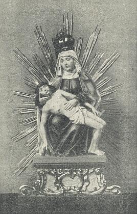 Soška Bolestné Matky Boží v dobrovodském kostele