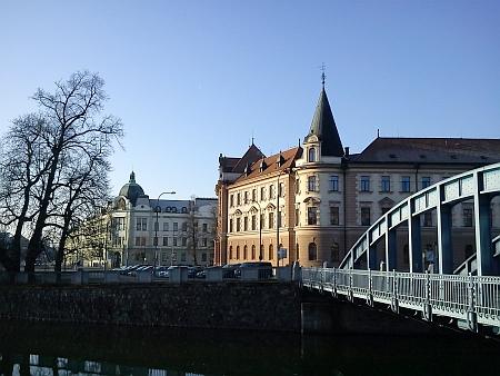 Bývalý Okresní dům a Justiční palác