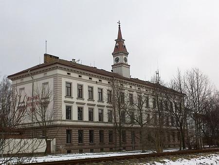 Dělostřelecká kasárna na Pražském předměstí