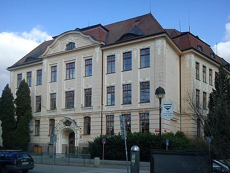 Školní budovy v Dukelské ulici