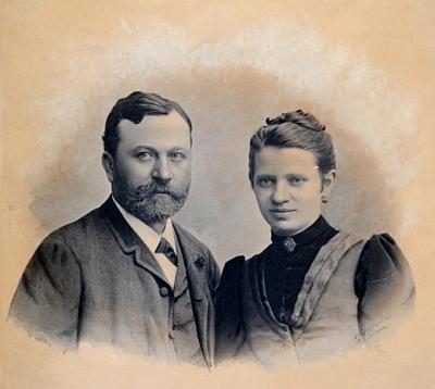 S manželkou