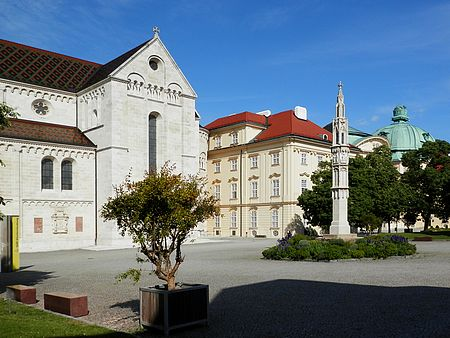 Klášter v rodném dolnorakouském městě Klosterneuburg