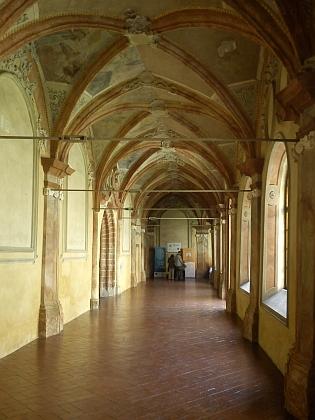 I v křížové chodbě zlatokorunského kláštera byly provozy Steffensovy slévárny
