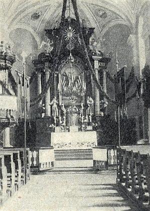 Hlavní oltář kostela v Hodňově za někdejších časů