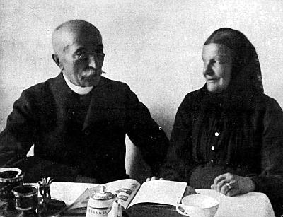 Johann Steinbrener (1835-1909), zakladatel proslulé vimperské tiskárny, a manželkou Annou (1838-1922)