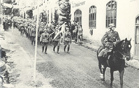 Vstup wehrmachtu do Vimperka r. 1938 - kolem Steinbrenerů kráčejí dějiny...