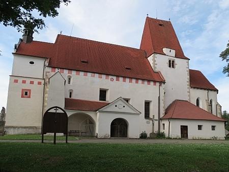 Farní kostel sv. Mikuláše v Horní Stropnici