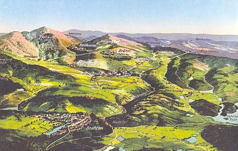 Horní Stropnice uprostřed staré panoramatické pohlednice Novohradska