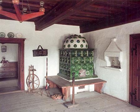 Jedna z místností muzea v rodném domě Adalberta Stiftera (a jejím) s dobovým zařízením