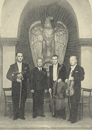 Se členy pražského německého smyčcového tria za války před říšskou orlicí s hákovým křížem