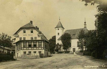 Kostel v dnešním Strážném, dokud ještě stál nad hotelem Paulik