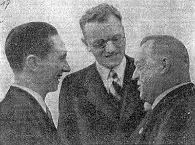 Osudové společenství: Goebbels a Seyß-Inquart přijímají Strobla v květnu 1938 ve vídeňském Hofburgu