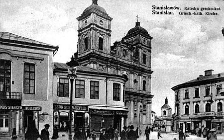 Záběr z rodného města na historické fotografii