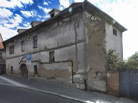 Rodný dům čp. 34 v dnešní Plzeňské ulici ve Stříbře...