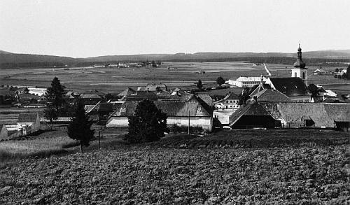 Někdejší Dolní Vltavice na pohlednici Josefa Seidela