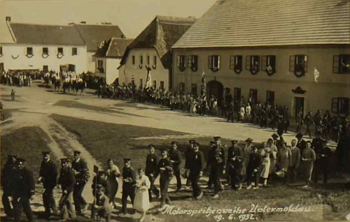 Svěcení hasičské motorové stříkačky v Dolní Vltavici 19. července roku 1932