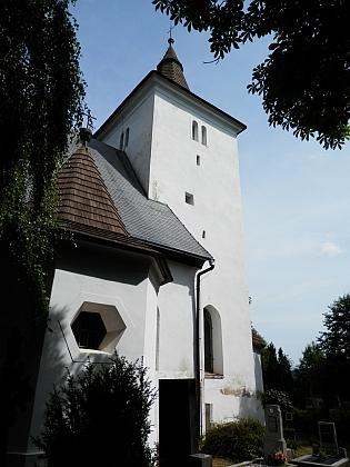 Kostel sv. Mořice v Mouřenci na snímcích z roku 2014