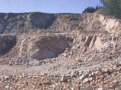 Kamenolom Štiptoň, kde se těží biotitická ortorula