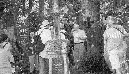 Na hřbitově v rodné obci