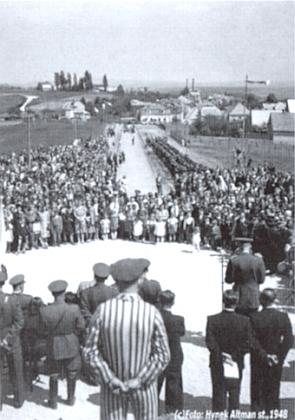 Památník obětem pochodu smrti u Tachova, odhalený 16. května roku1948