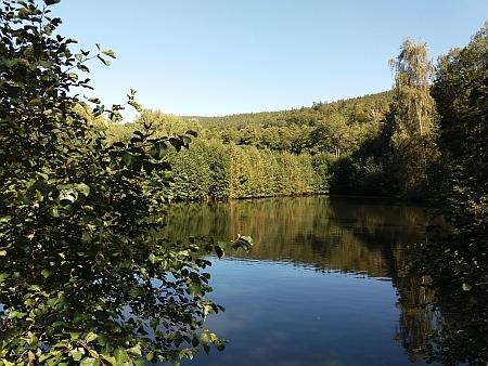 Hejdlovský rybník pod stavením čp. 16