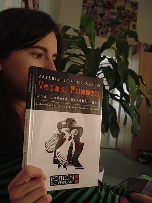 """Obálka (1994) jediné samostatné knihy jeho ženy, souboru povídek """"Věřiny panenky"""" (Edition Doppelpunkt, Vídeň)"""