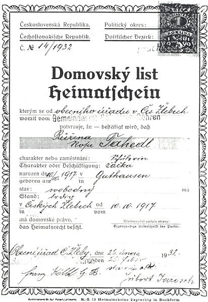 """Domovský list potvrzuje její """"Heimatsrecht"""" v Českých Žlebech od 10. října 1917, kdy se v Guthausen (dnes Dobrá na Šumavě) narodila"""