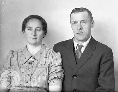 Rodiče společně na snímku z téhož dne