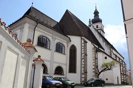Kostel sv. Petra a Pavla v Nových Hradech