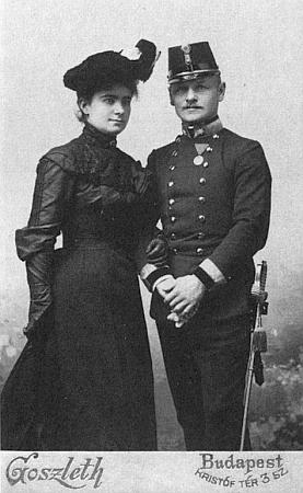 Manželé Teisingerovi na snímku z doby kolem roku 1905, kdy se oženil ve Vídni s Eugenií Pap de Szill, ženou maďarsko-rakousko-francouzské krve