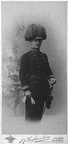 Ve slavnostní uniformě generálmajora (1914)