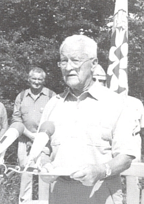 Při projevu k vysvěcení vrcholového kříže na Vysokém Bogenu v roce 1999