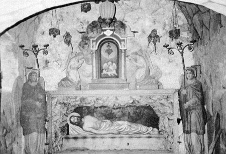 Boží hrob v kostele sv. Bartoloměje se zachoval v této podobě až do našich časů