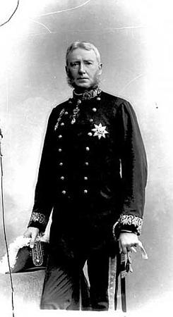 František Antonín hrabě Thun-Hohenstein, od roku 1911 český místodržící na snímku právě z tohoto roku z archivu pražského fotoateliéru Langhans...