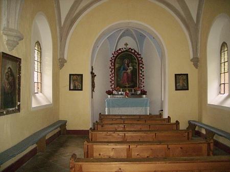 Interiér kaple na Maria Rast