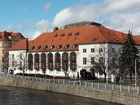 Divadlo v Českých Budějovicích na snímku z roku 2019